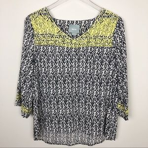 Anthropologie Maeve  embroidered top